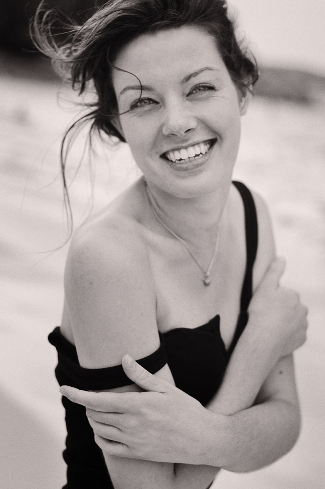 Beauty on the Beach - Modelling Portfolio headshots for Fashion, Fitness, Beauty for womwn and men.